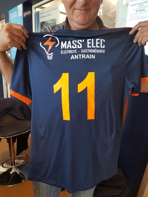 maillot foot flocké avec logo personnalisé