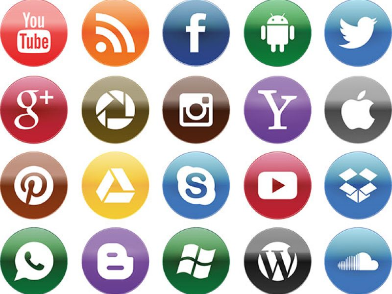 social_media_reseaux_sociaux : facebook twitter, instagram, pinterest, google +, youtube, yahoo, gmail, skype, messenger, windows, cloud, pinterest, apple, mac, microsoft